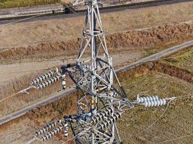 ドローンを用いた送電設備自動点検技術の実設備での検証を実施 -鉄塔と架渉線を一括で自動点検、安全かつ短時間に設備の健全性を確認-